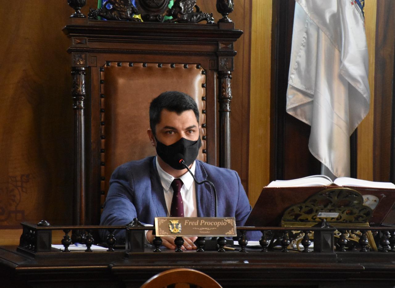 Presidente apresenta moção de repúdio à empresa Viação Cascatinha